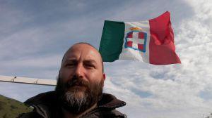 Francesco bottone bandiera sabauda