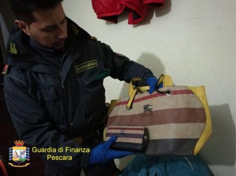 Griffe contraffatte Pescara