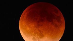 Eclisse luna foto riservata