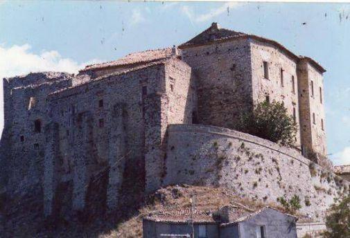 Castello ducale Carpineto Sinello