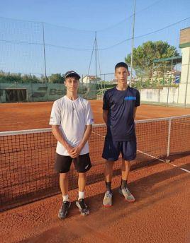 Tennis vasto